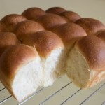 ホシノ天然酵母のパン、イーストのレシピを置き換えて。